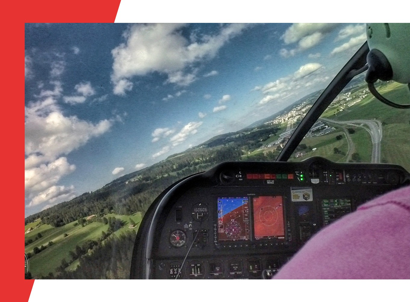https://www.lausanne-aeroclub.ch/wp-content/uploads/2019/10/plane_DR401.jpg